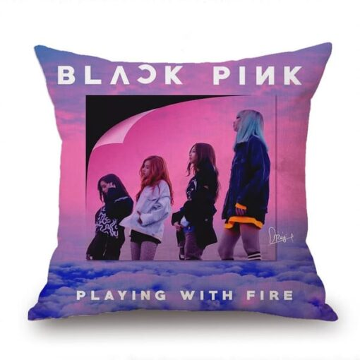 Coussin Blackpink Playing with Fire kpop